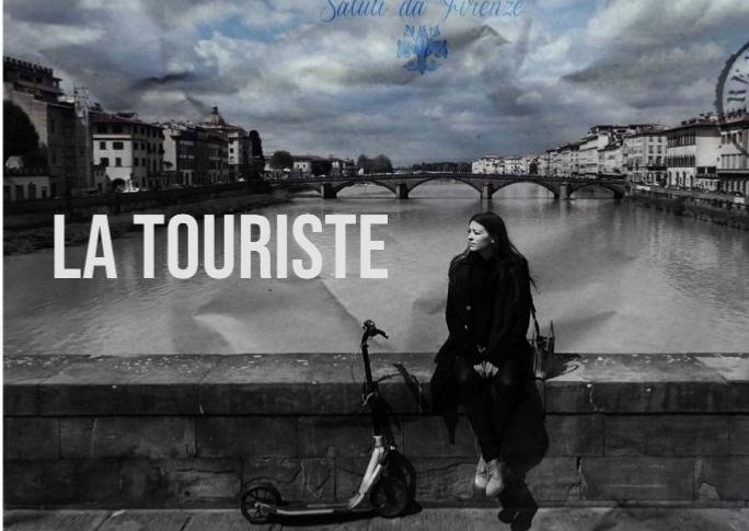 La Touriste - poster